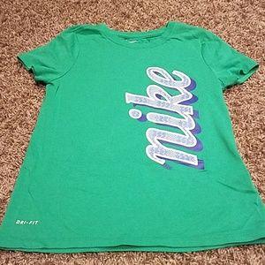 Girl's Nike t-shirt